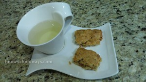 Date Banana Bars and Tea