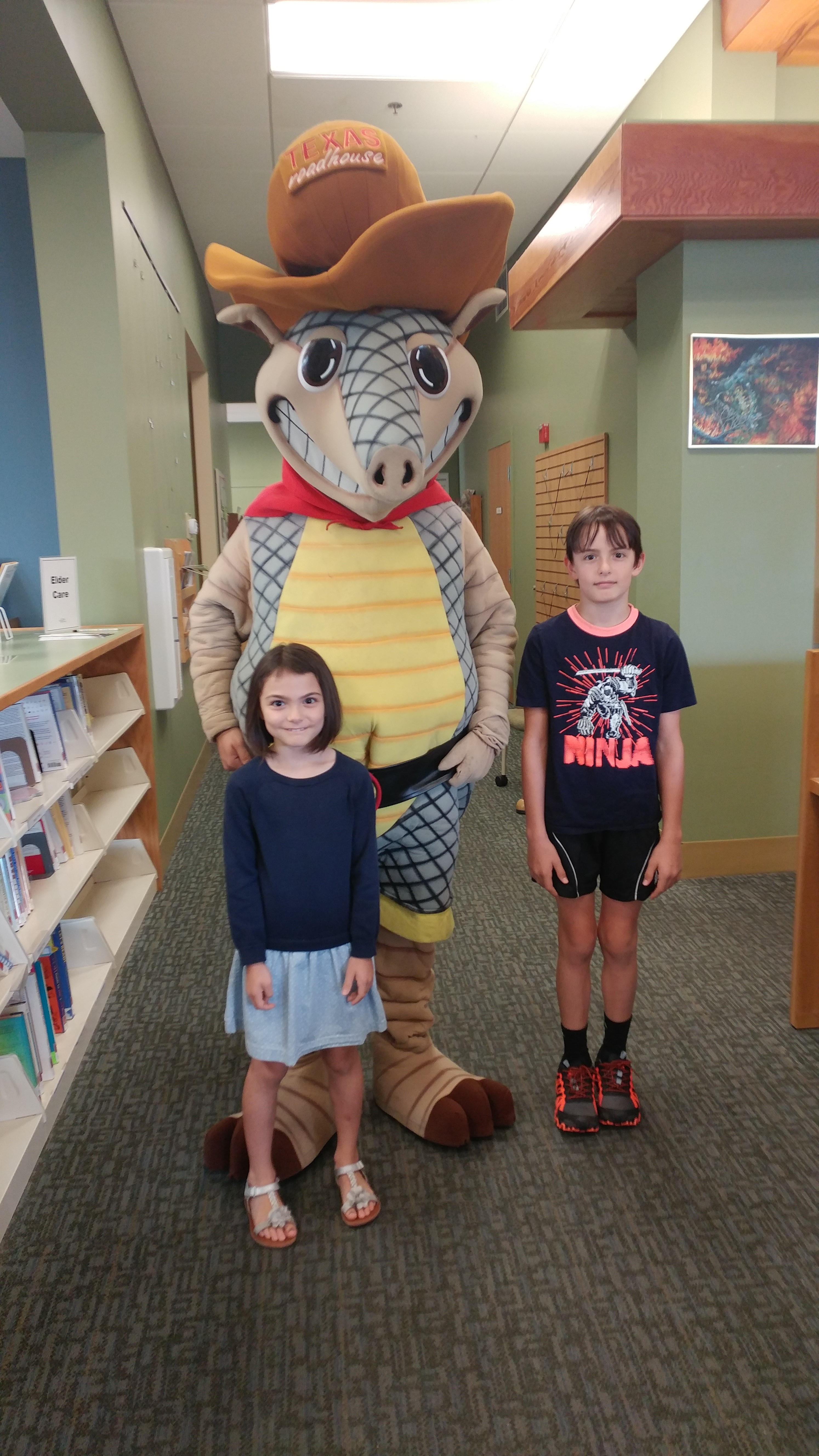 Andy Armadillo visits the library